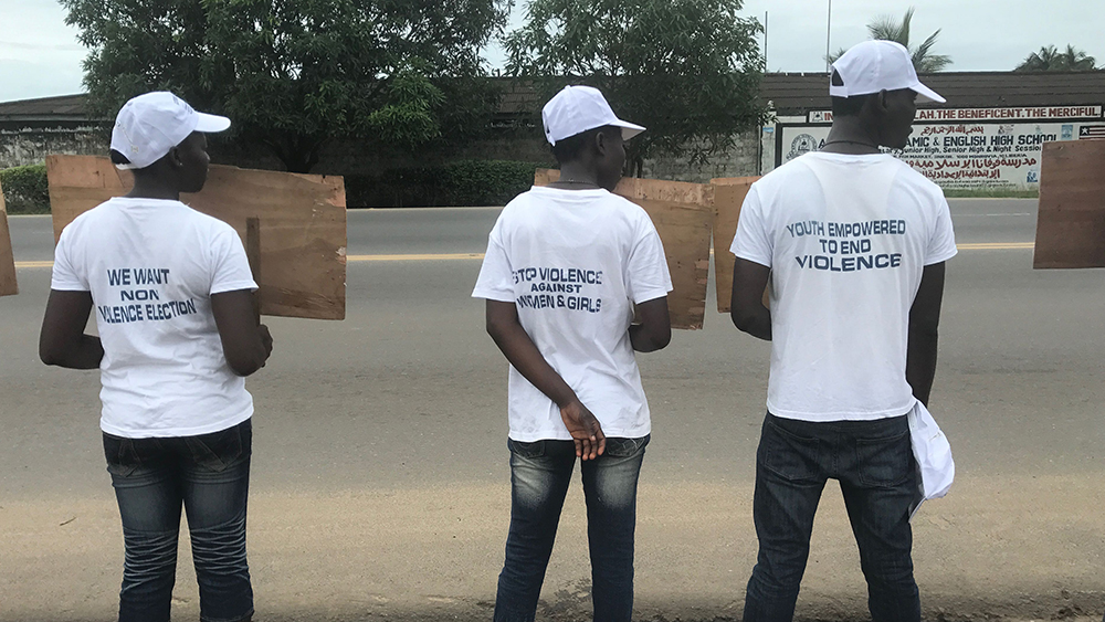 Demonstration i Liberia mot bland annat det våld som drabbar kvinnor. Foto: David