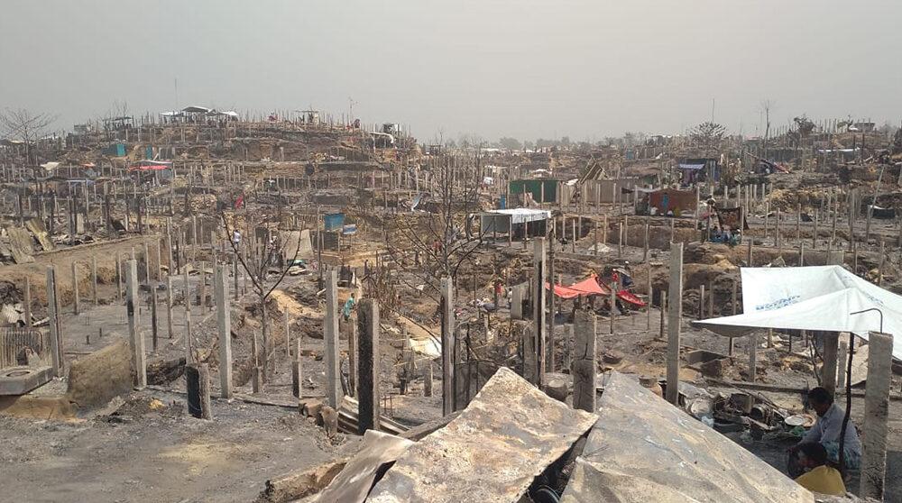 Cox's Bazar efter branden den 22a mars. 10 000 bostäder förstördes
